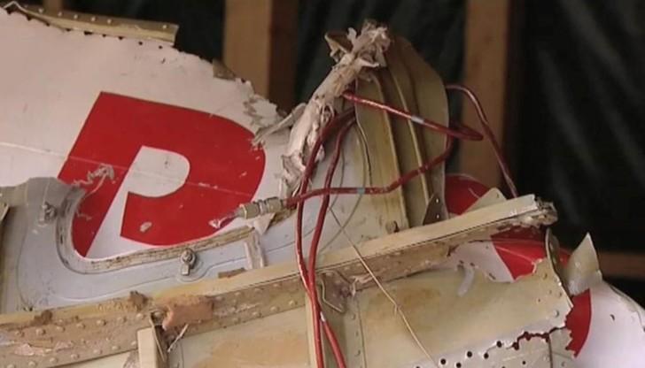 Podkomisja smoleńska: zniszczenia lewego skrzydła Tu-154M noszą ślady wybuchu