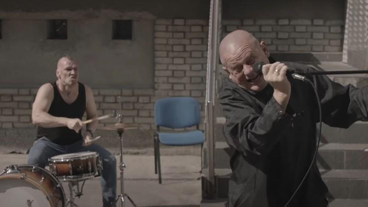 Piosenka Kazika wygrała listę Trójki, notowanie zniknęło. Jest komentarz radia
