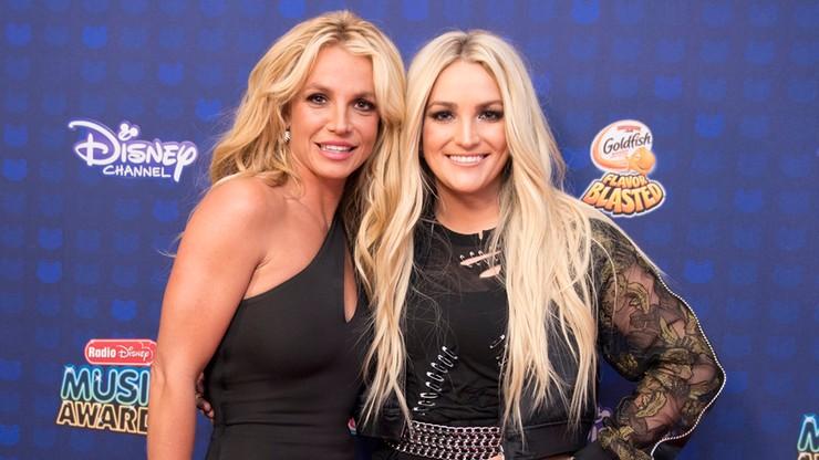 """Tesla """"cichym zabójcą kotów"""". Siostra Britney Spears oskarża Elona Muska"""