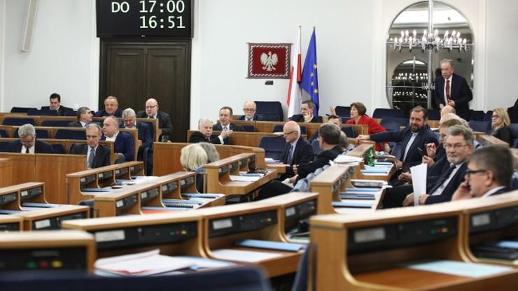 Senat za nowelizacją Kodeksu wyborczego autorstwa PiS. Zaproponowano poprawki, które umożliwią głosowanie korespondencyjne
