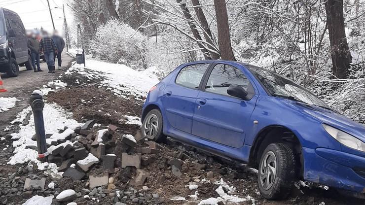 Do wypadku doszło na drodze z Zaborni do centrum Rabki-Zdrój.