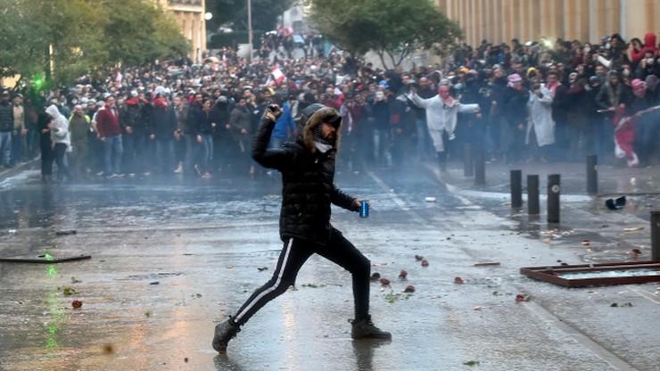 Antyrządowe protesty w Libanie. Kilkaset osób rannych