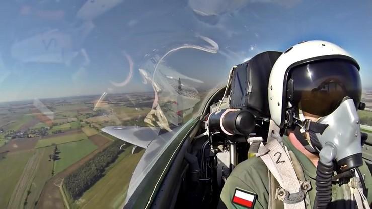 Zobacz wideo i poczuj się jak pilot odrzutowca