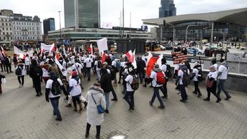 Protest antycovidowców w Warszawie. Blisko 800 wniosków o ukaranie