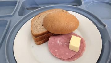 NIK: posiłki w szpitalach mogą szkodzić