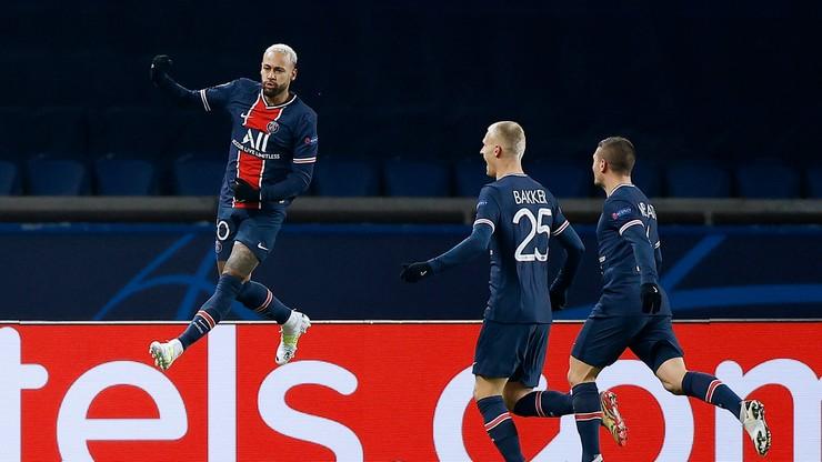 Liga Mistrzów: Grad goli w Paryżu, hat-trick Neymara