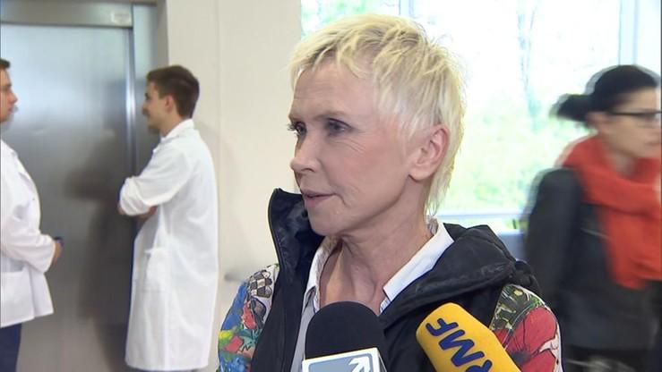 Ewa Błaszczyk dementuje informacje o pełnym wybudzeniu córki