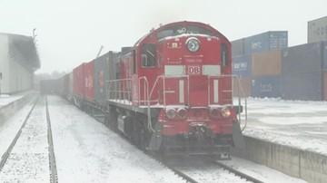 Rekordowy transport z Chin. Pociągiem przyjechały artykuły dla medyków
