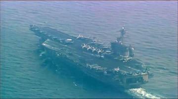 Amerykański lotniskowiec atomowy USS Carl Vinson płynie w kierunku Półwyspu Koreańskiego