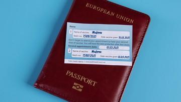 Holandia wprowadza koronapaszporty. Będą obowiązywać także w kraju