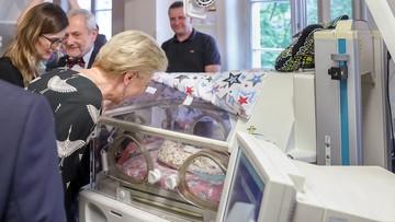 Para prezydencka odwiedziła w szpitalu sześcioraczki oraz ich rodziców