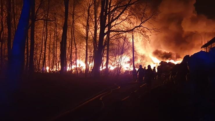 Ogromny pożar składowiska pod Radomiem. Zatrzymano 45-latka