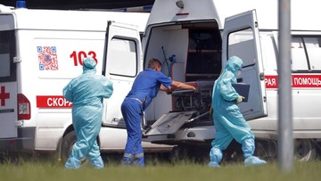 """Warianty wirusa w Polsce, lekarz ostrzega przed """"nowym potworem"""". Koronawirus - Raport Dnia"""
