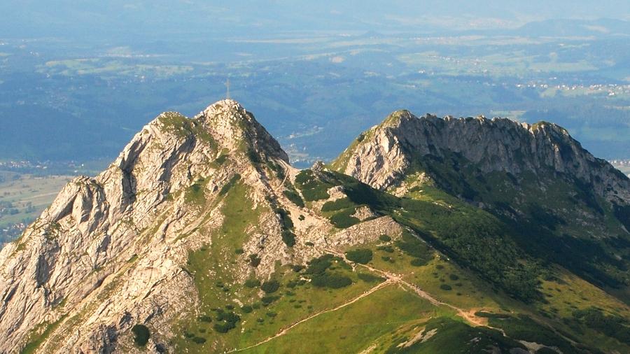 Giewont w Tatrach. Fot. Wikipedia / Hubert Waguła.