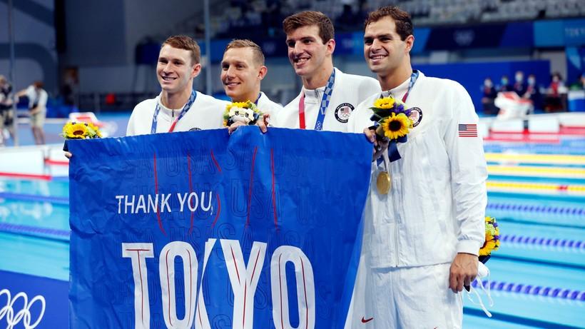 Tokio 2020: Złoto i rekord świata Amerykanów w ostatniej konkurencji pływackiej