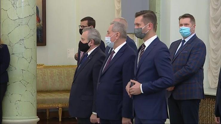 Rekonstrukcja rządu. Andrzej Duda powołał nowych ministrów