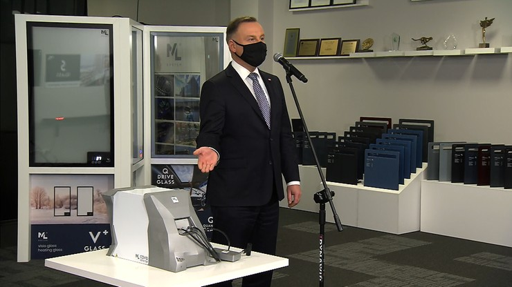 Urządzenie wykrywające Covid-19 w oddechu. Przedstawił je prezydent Andrzej Duda