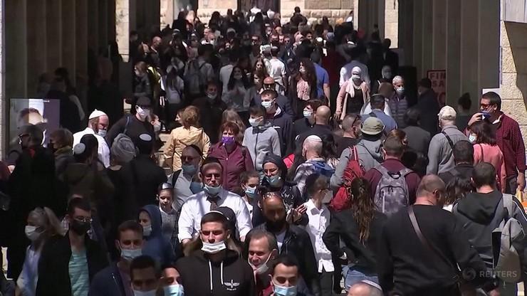 Szczepienia w Izraelu zdają egzamin. Od marca ciągły spadek zakażeń