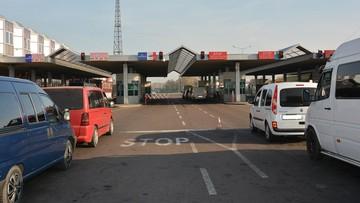 Pracownicy ukraińskiej ambasady wpadli na próbie przemytu do Polski