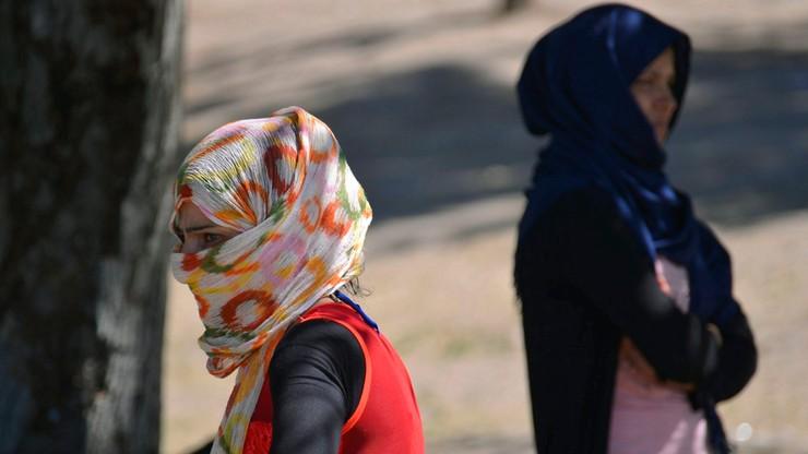 Europejczycy: uchodźcy oznaczają wzrost terroryzmu
