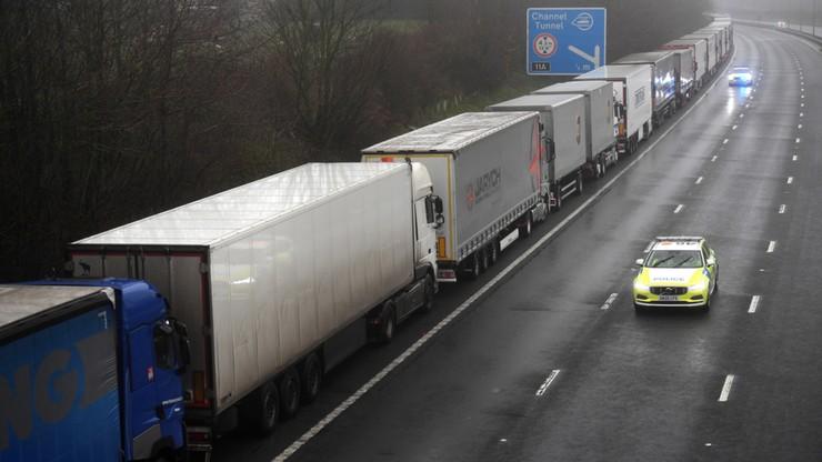 Prezydent i premier interweniują w sprawie ciężarówek na granicy brytyjsko-francuskiej