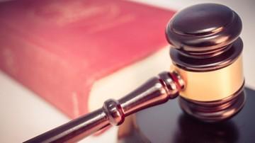 Dłuższe zawieszenie sędziego, który miał ukraść pendrive'y
