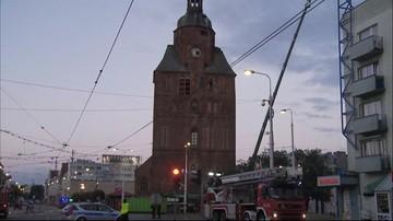 Dogaszono pożar zabytkowej katedry w Gorzowie Wielkopolskim. Demontaż iglicy i części kopuły