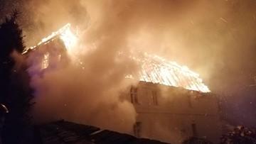 Pożar w Jakubowie. Spłonęła zabytkowa plebania