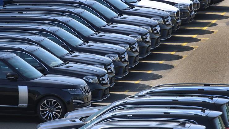 Wiceszef KE: Unia Europejska odpowie, jeśli USA podniosą cła na samochody