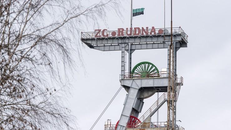 Silny wstrząs w kopalni Rudna. Pięciu górników nie żyje, trwają poszukiwania kolejnych - uwięzionych pod ziemią