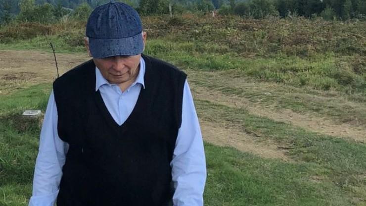 """Kaczyński w górach """"zatroskany stanem opozycji w Polsce"""". Brudziński pokazał zdjęcia prezesa PiS"""