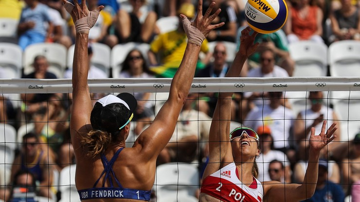 Rio: udany debiut siatkarek plażowych. Brzostek i Kołosińska pokonały Amerykanki