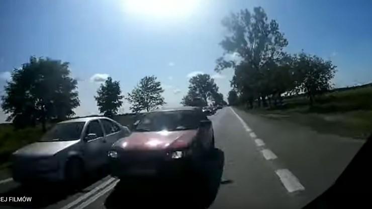 Pędził pod prąd wprost na motocyklistę. Szokujące nagranie i 1000 zł mandatu