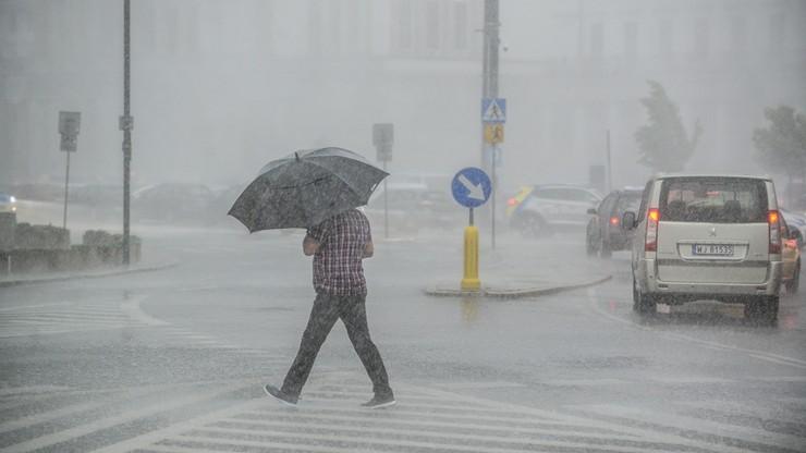 Nadciągają burze. Ostrzeżenia dla Mazowsza, Górnego Śląska i Opolszczyzny