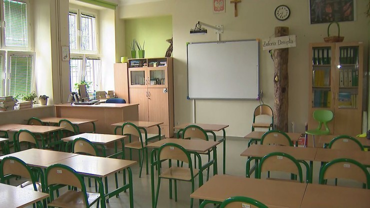 """Kiedy kolejni uczniowie wrócą do szkół? """"Może to nastąpić bardzo szybko"""""""