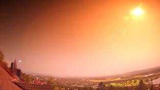 27-07-2021 05:55 To nie Słońce. To wyjątkowo jasny meteor, który nagle zmienił ciemną noc w środek dnia [WIDEO]
