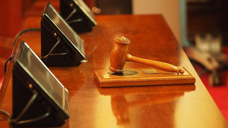 Awantura w sądzie. 13 lat więzienia dla szefa organizacji terrorystycznej