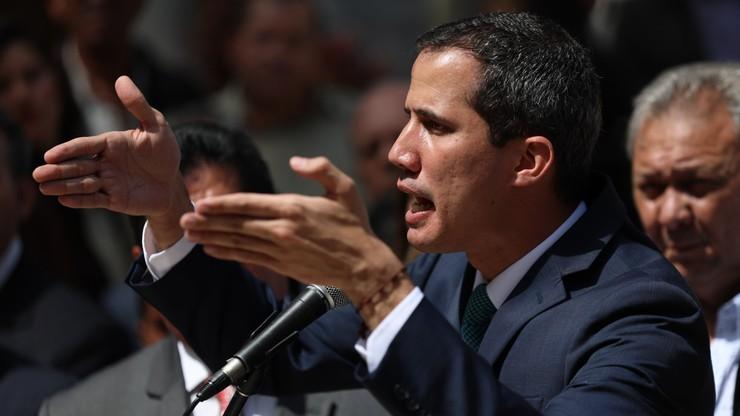 Guaido apeluje do wojska, by wpuściło do kraju zagraniczną pomoc