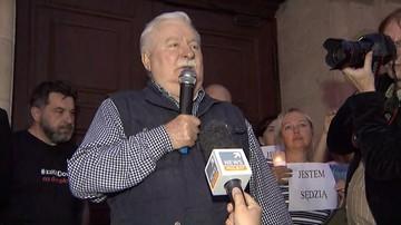 """""""Demokracji trzeba pilnować"""". Wałęsa apeluje, by Polacy włączali się do protestów"""