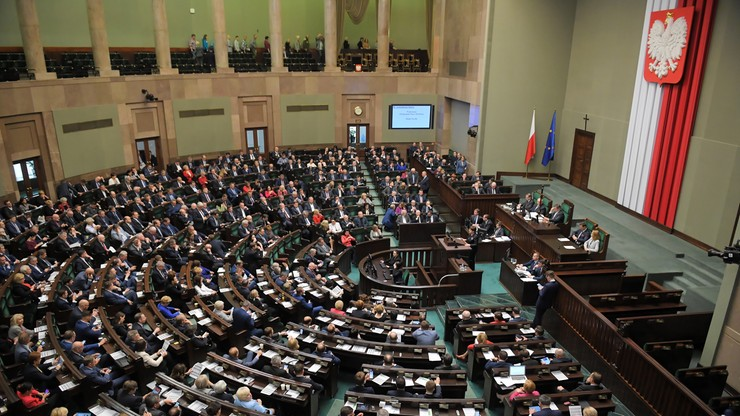 Bój o Parlament Europejski. Dwa nowe sondaże