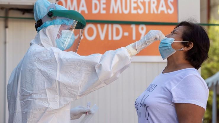 AFP: co najmniej 916 tys.zgonów na świecie z powodu koronawirusa