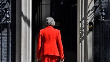 Dwie trzecie Brytyjczyków popiera decyzję May o rezygnacji. Bukmacherzy typują następców
