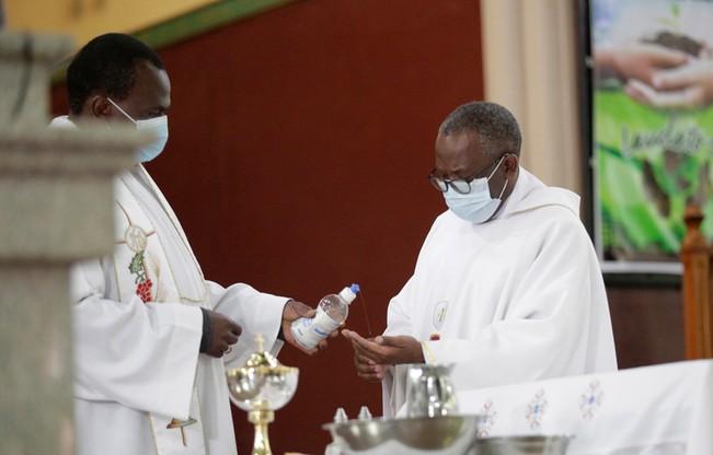Kościoły w Zimbabwe znów otwarte