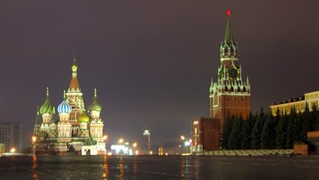 Rosja: atak w Moskwie na polityka opozycji. Rzucili w niego tortem