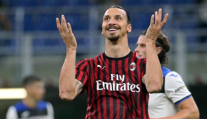 """Zlatan Ibrahimovic nie zamierza kończyć kariery. """"Dopiero się rozgrzewam"""""""