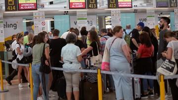 Opóźnienia lotów w Barcelonie. Powodem obfite opady deszczu