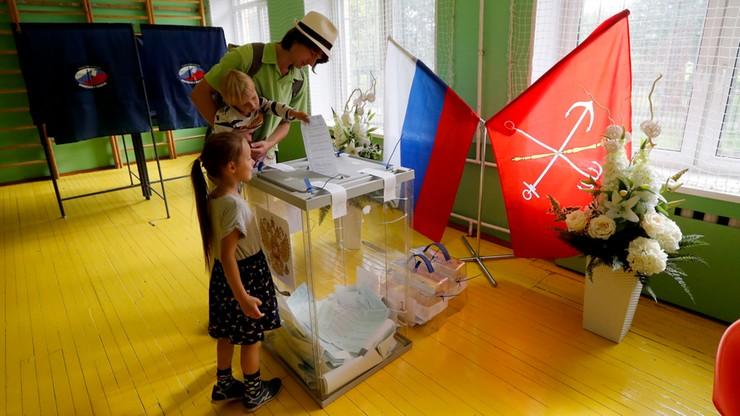 Roskomnadzor oskarżył FB i Google'a o naruszenia w związku z wyborami
