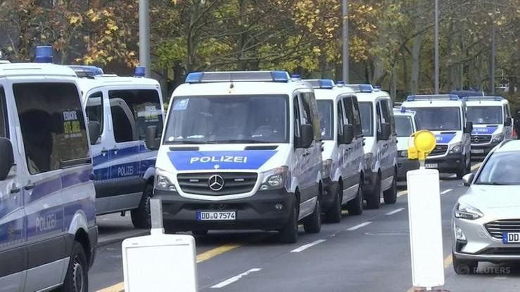 Niemcy: rozbito grupę Wernera S. Planował ataki na meczety i uchodźców