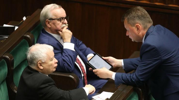 Szczepienie Zbigniewa Girzyńskiego. Leonard Krasulski: to zdrada, a dla zdrajców nie ma miejsca