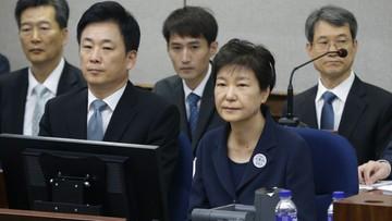 120 tys. stron aktu oskarżenia i 18 zarzutów. Ruszył proces byłej prezydent Korei Płd.